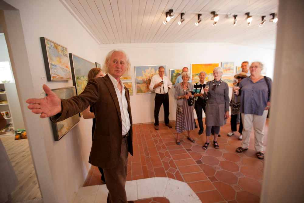 Ingvald Holmefjord introducing 'Landscape & Light', Liza's Gallery 2012